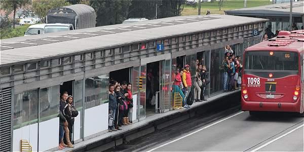 descueto de auxilio de transporte si no asistimos a trabajar bogota colombia